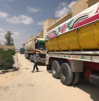 وصول الوقود المصري لتشغيل محطة الكهرباء في غزة عبر معبر رفح