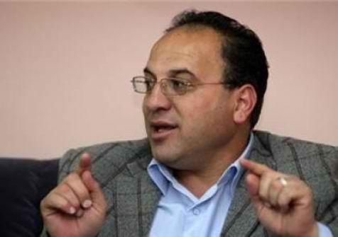 عقدة الماضي .... الكاتب : بسام زكارنه