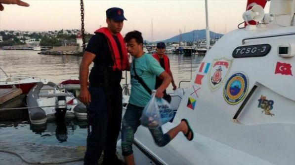 خفر السواحل التركي ينقذ 26 فلسطينيا وسوريا