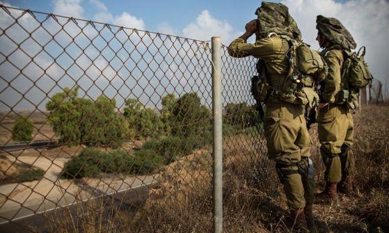 يديعوت: جيش الاحتلال يجهز جنوده على الحدود مع قطاع غزة ببنادق خاصة