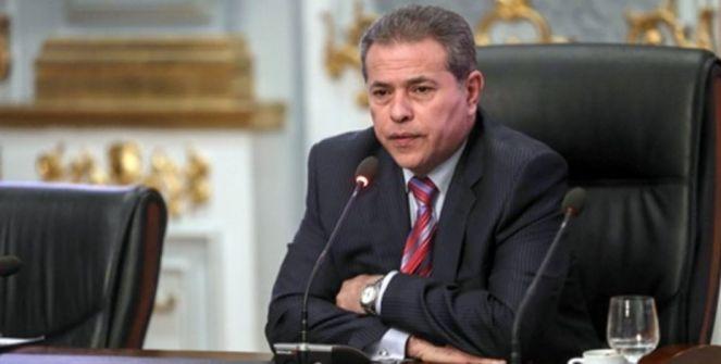 القاء القبض على الاعلامي توفيق عكاشة بسبب تزويره شهادته