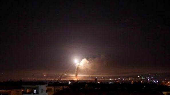 طيران الاحتلال يقصف جنوب دمشق