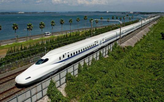 أزمة في اليابان بسبب تأخر قطار دقيقة واحدة! السائق شعر بالحرج والشركة تعتذر وتفتح تحقيقاً
